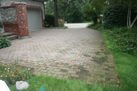 BRICK PAVER DRIVEWAY SEALING IN ST. CHARLES IL geneva before