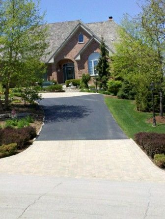 Brick Paver Patio & Driveway Cleaning & Sealing In Geneva, IL 4