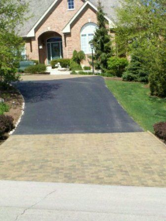 Brick Paver Patio & Driveway Cleaning & Sealing In Geneva, IL 7