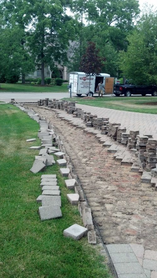 Releveling Brick Paver Driveways and Patios in IL-1