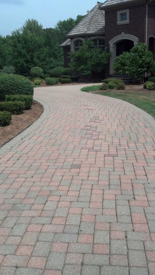 See How Paver Protector Goes the Extra Mile With Brick Paver Restoration & Repairs-1