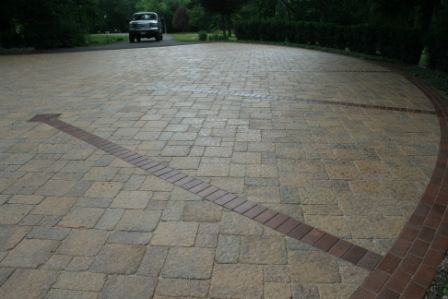 Brick Paver Driveway with Wet Look Sealer Barrington Hills, IL