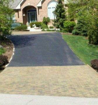 Brick Paver Patio & Driveway Cleaning & Sealing In Geneva, IL-10