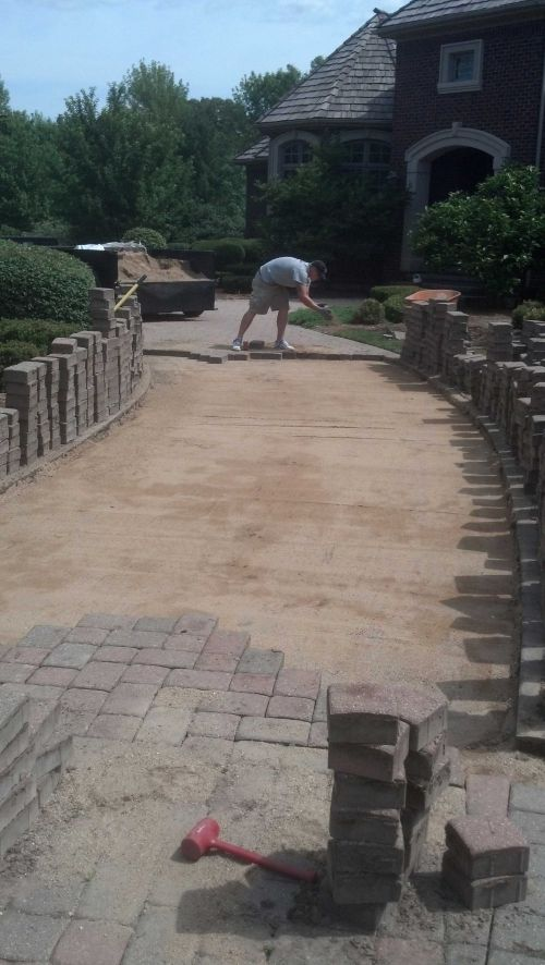 Releveling Brick Paver Driveways and Patios in IL-2